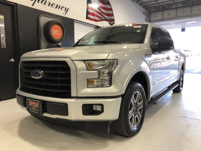 Pre-Owned 2017 Ford F-150 XLT 2WD 5.0L V8 Engine