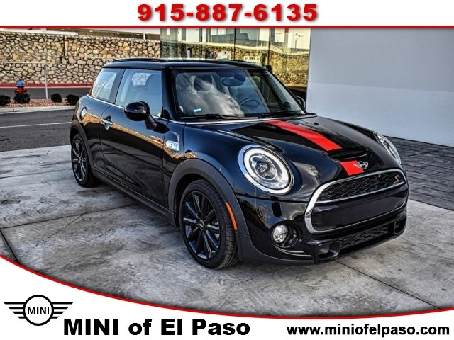 Pre-Owned 2017 MINI Hardtop 2 Door Cooper S