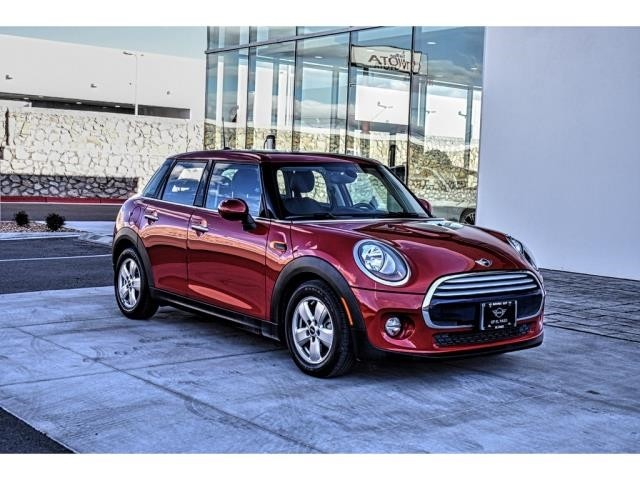 Pre-Owned 2015 MINI Hardtop 4 Door Cooper