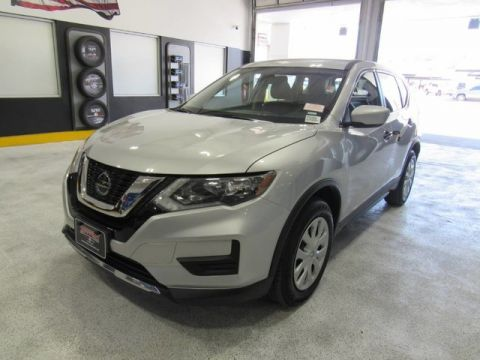 Pre-Owned 2018 Nissan Rogue S FWD